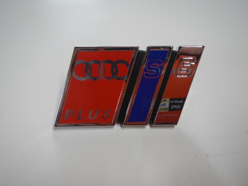 Audi A6 S6 Plus Emblem/Kühlergrill  4A5853736D 2ZZ